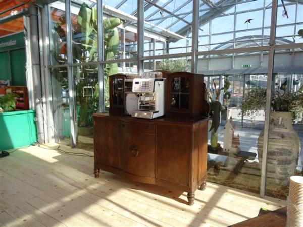 Kaffeemaschinen und Service für Firmen und Büros - DAS