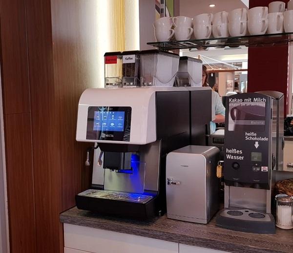 kaffeemaschinen und service f r die systemgastronomie das kaffee haus. Black Bedroom Furniture Sets. Home Design Ideas